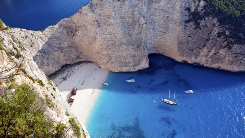 greece-zakynthos-beach